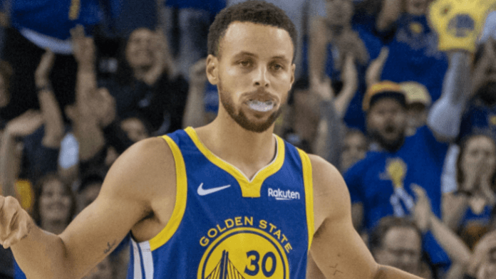 Warriors Remain NBA Favorites As Curry, Green Set to Return