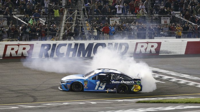 Federated Auto Parts 400 NASCAR Betting Preview, Tips & Picks