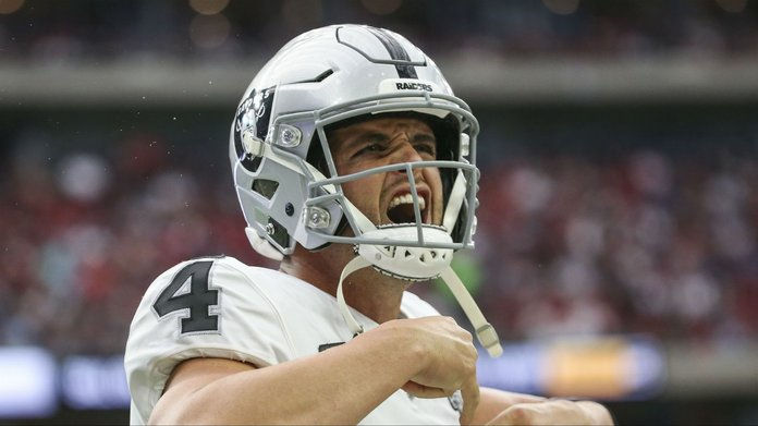 NFL Week 9 DFS Picks: Why Derek Carr is the QB of Choice