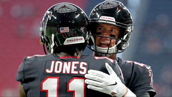 NFL Week 17 DFS Picks: Which QB-WR Combo You Need to Stack