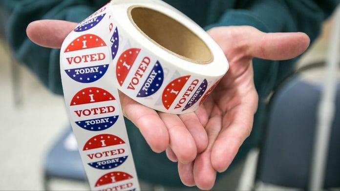 Swing-State Odds: Democrats See Bump in Arizona, Wisconsin