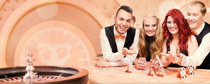 Njut av casinobonusar i mobilen hos ett av våra bästa mobilcasinon!